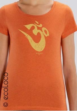 organic women tee shirt OM YOGA MANTRA fairwear craftman France vegan ecowear meditation V neckline - Ecoloco